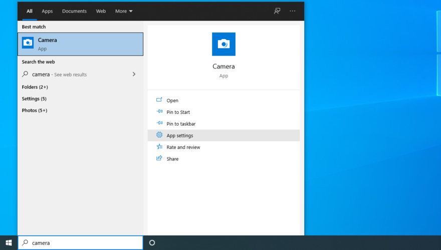Windows Peg shows how to access Photographic camera app settings